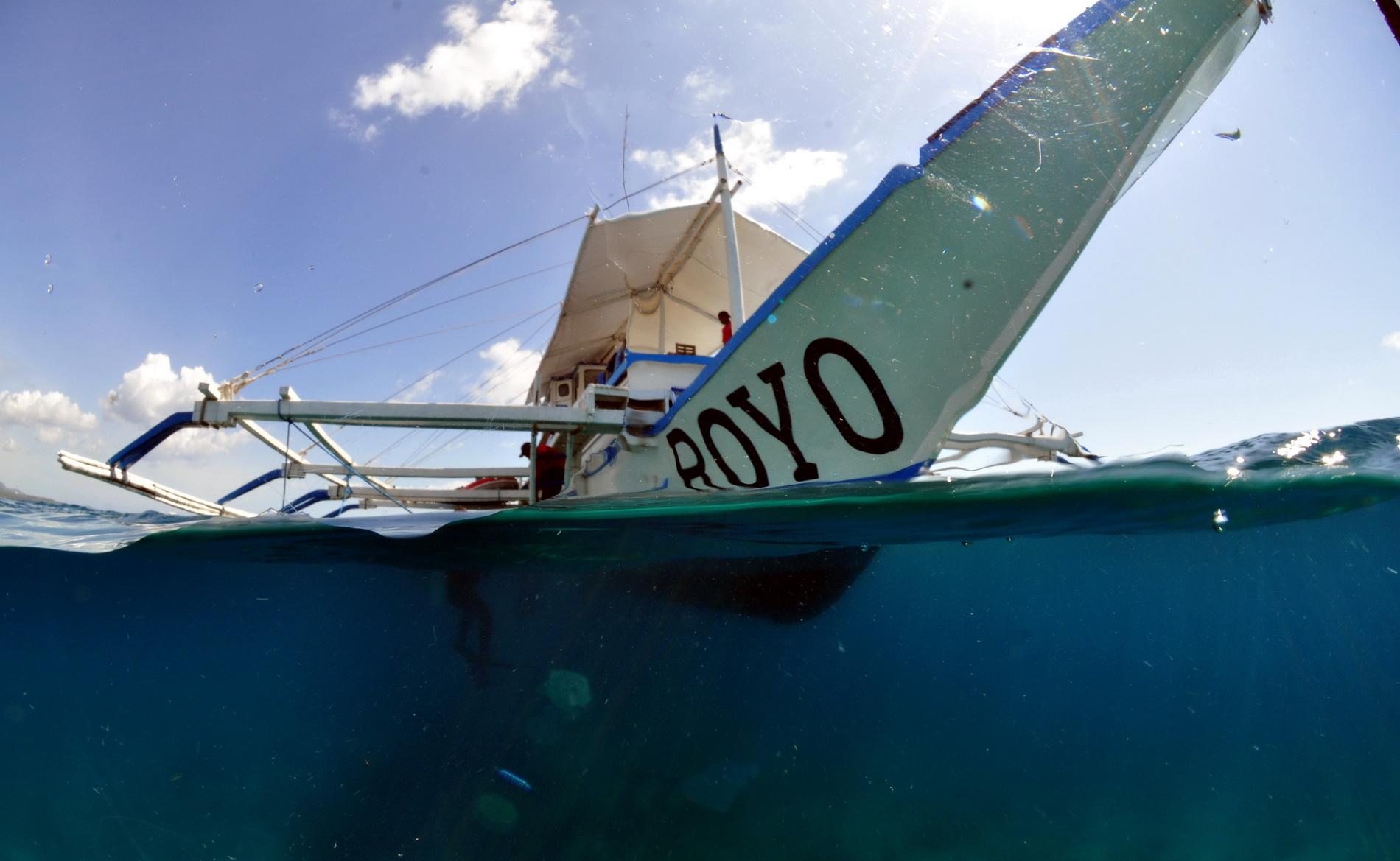 Safariboot auf Tauchsafari Philippinen