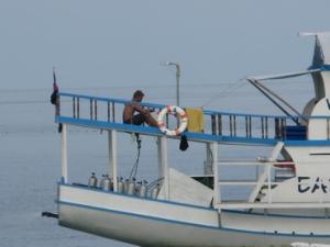 Auf dem Sonnendeck des Safaribootes auf den Philippinen